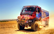 mclarent-dakar-truck-wallpaper