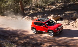 2015-jeep-renegade-latitude-08