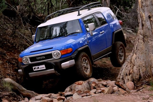2011_Toyota_FJ40_Cruiser_-_First_Drive_-_Flickr_-_NRMA_New_Cars_(6)