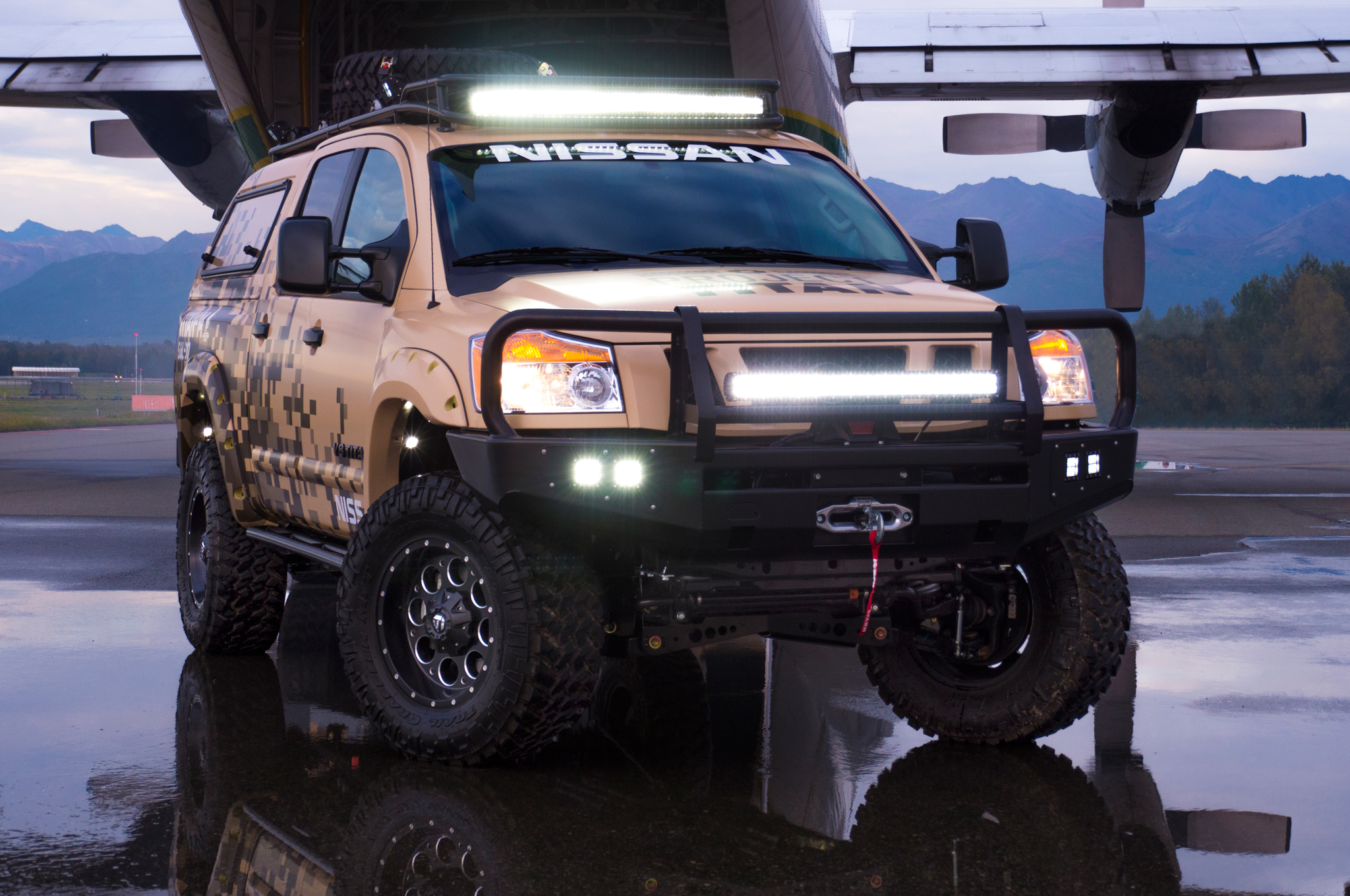 wounded-warrior-project-2014-nissan-titan-front-angle-lights