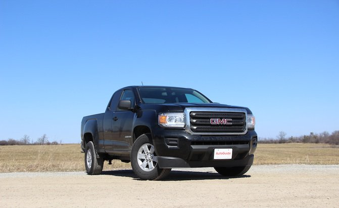2015-GMC-Canyon-4Cyl.