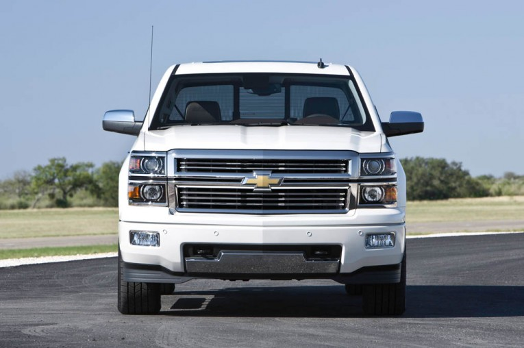 Chevrolet-Silverado-1500-Regular-Cab-2015-765x508