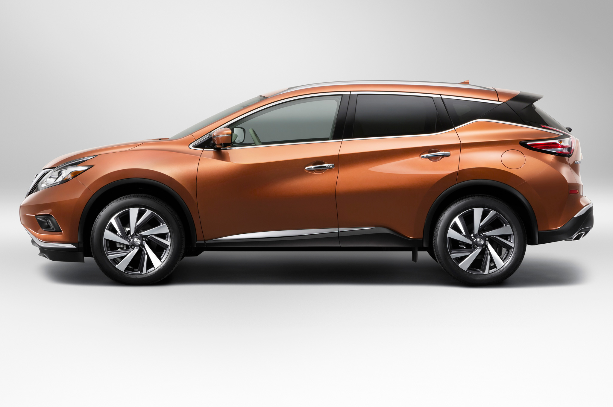 2015-nissan-murano-side-view